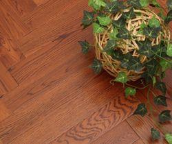 橡木地板价格、优缺点及选购误区液压工具